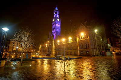 Bradford_Purple_Day_City_Hall_2_Welcome_to_Yorkshire.jpg